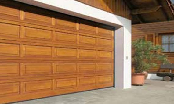 Seccionales madera chipdigital puertas automaticas for Puertas de garaje de madera